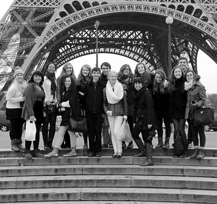 Courtesy of Andrea Zelen '15 The WY French students pose at the Eiffel Tower.