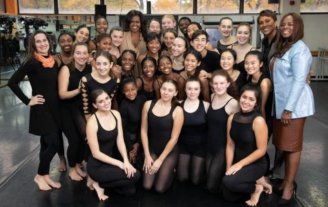 Michelle Obama Surprises Guys and Dolls